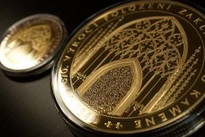 Medaile 670. výročí katedrály sv. Víta