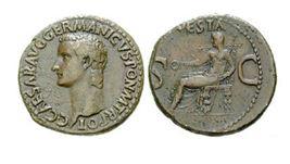 Císař Caligula na římské minci
